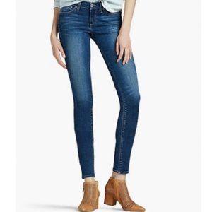 Lucky Brand Charlie Skinny Jeans. Size: 2/26